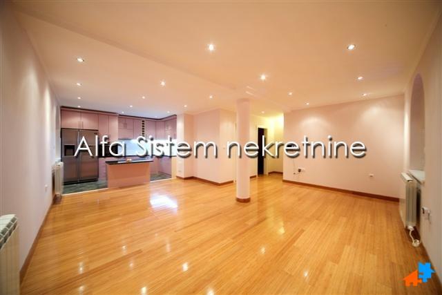 Kuća Voždovac 1700 EUR