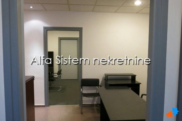 Poslovni prostor Šumice 300 EUR