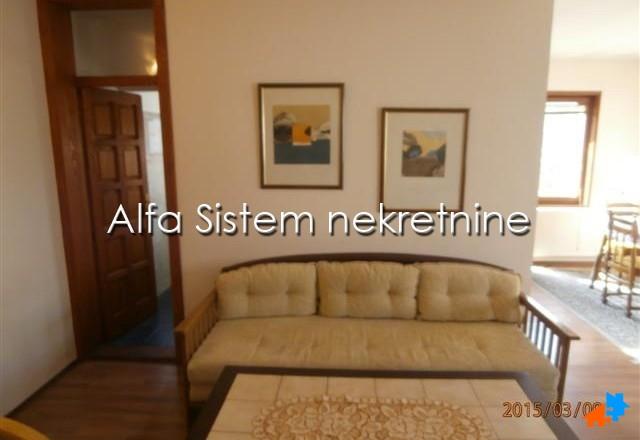 Kuća Dedinje 350 EUR