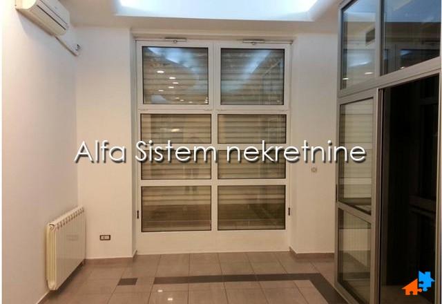 Poslovni prostor Vračar 1100 EUR