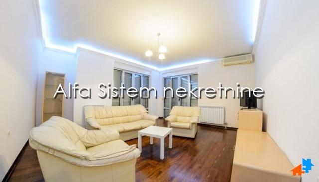 Stan Četvorosoban Dedinje 650 EUR