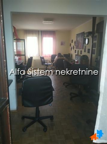 Stan Troiposoban Novi Beograd Blokovi 350 EUR