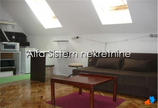 Kuća Vračar 250 EUR