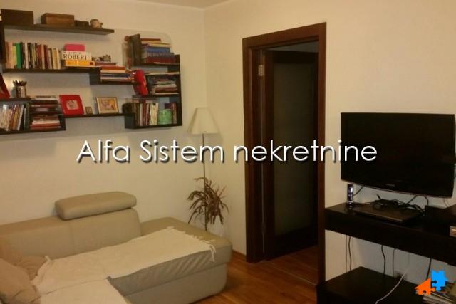 Stan , Beograd (grad) , Izdavanje | Stan Dvoiposoban Voždovac 450 Eur