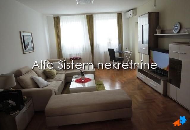 Stan Trosoban Novi Beograd Arena 1000 EUR