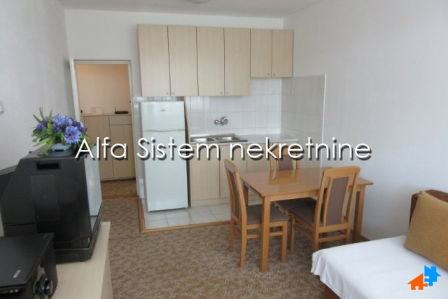 Stan Jednoiposoban Novi Beograd Fontana 250 EUR