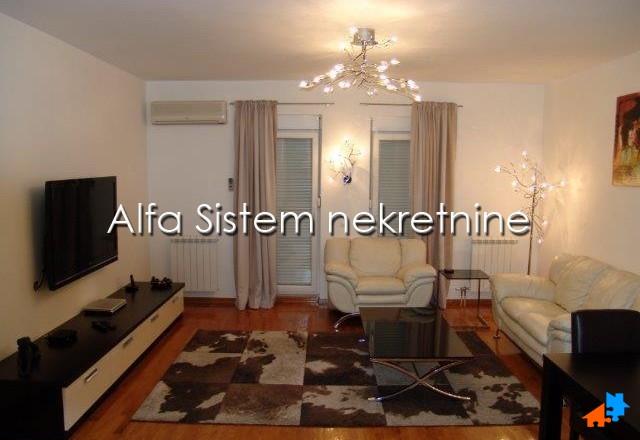 Stan Dvosoban Dorćol 950 EUR