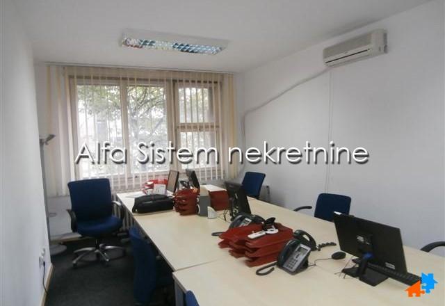 Poslovni prostor Centar Strogi Centar 550 EUR