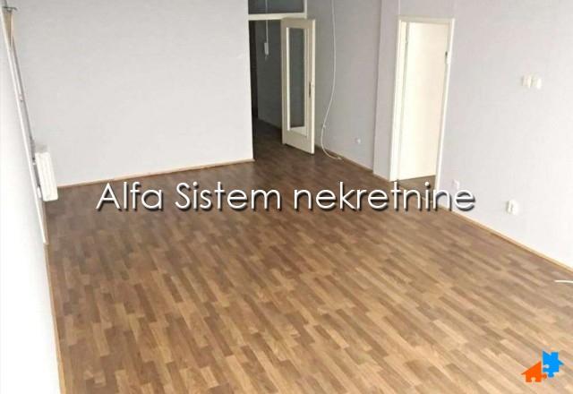 Poslovni prostor Novi Beograd Blokovi 350 EUR