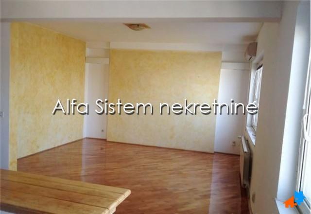 Stan Dvoiposoban Novi Beograd Fontana 410 EUR