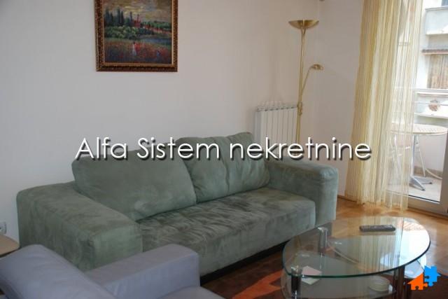Stan Dvoiposoban Crveni krst 350 EUR