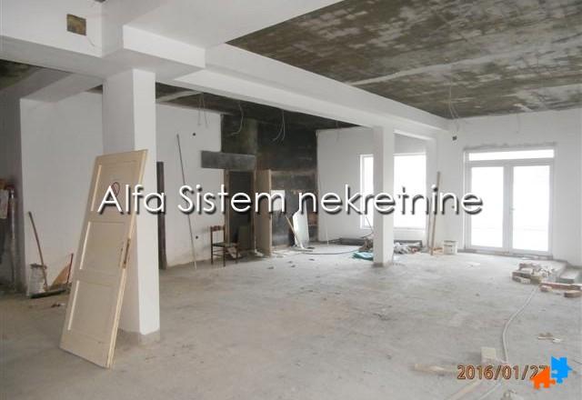 Poslovni prostor Banovo brdo 2850 EUR