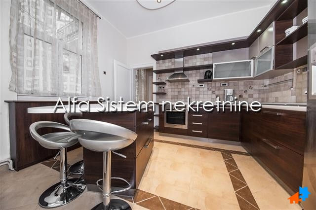 Stan Dvosoban Dorćol 650 EUR