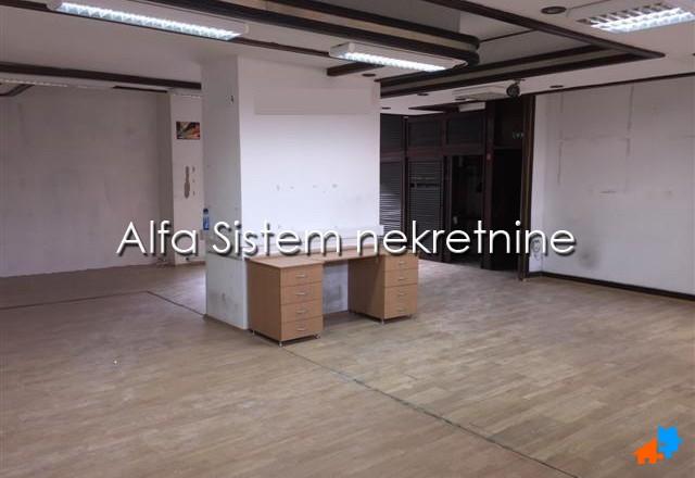 Poslovni prostor Zvezdara 900 EUR