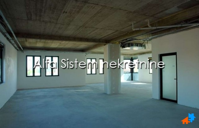 Poslovni prostor Zemun 1200 EUR