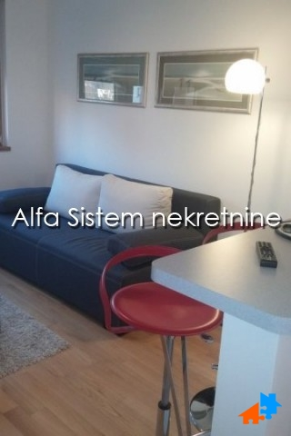 Stan , Beograd (grad) | Stan Jednosoban Novi Beograd Blok A 350 EUR