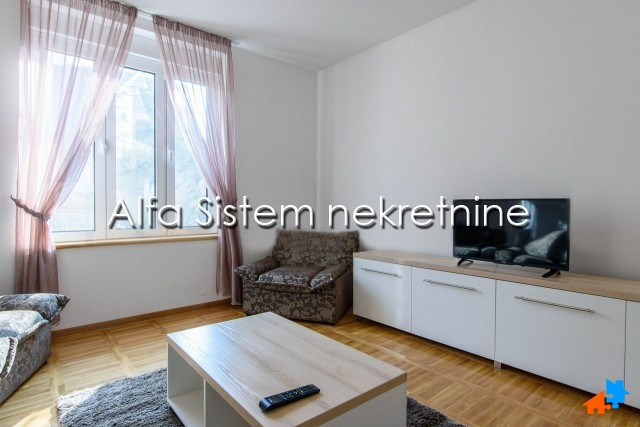 Stan Dvosoban Voždovac 300 EUR