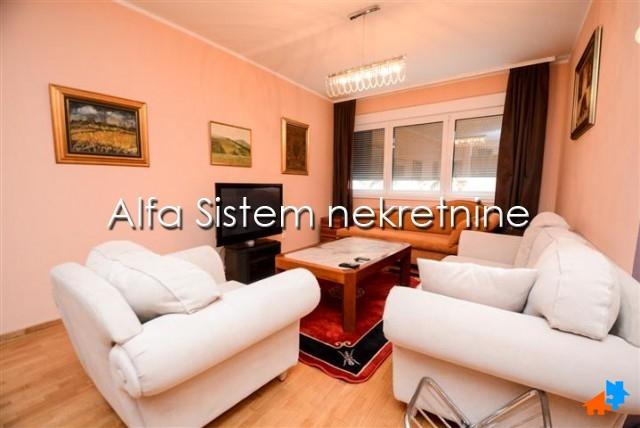 Stan Trosoban Centar Strogi Centar 600 EUR