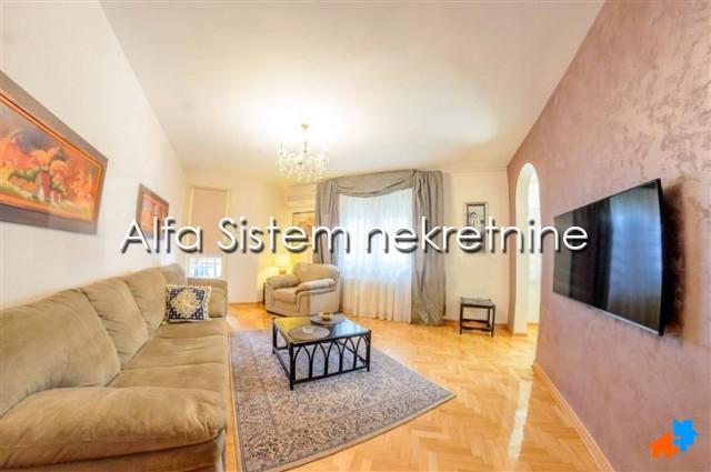 Stan Dvosoban Vračar 480 EUR