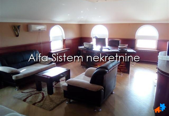 Poslovni prostor Banjica 3200 EUR