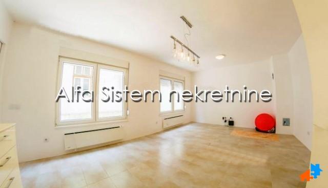 Kuća Vračar 650 EUR