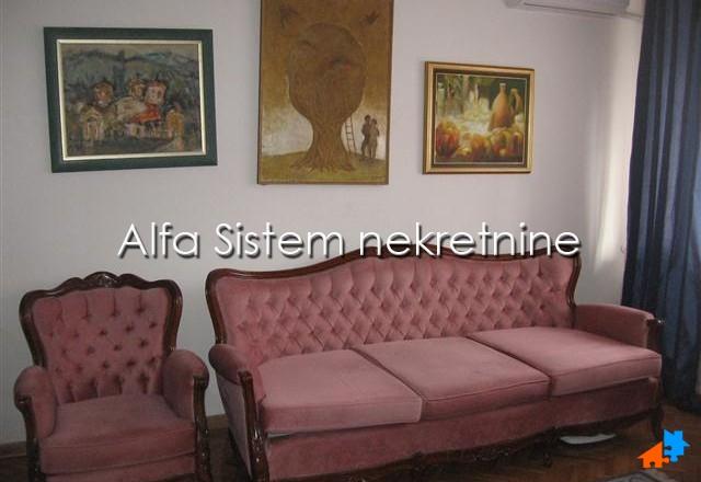Stan Jednosoban Vračar 270 EUR