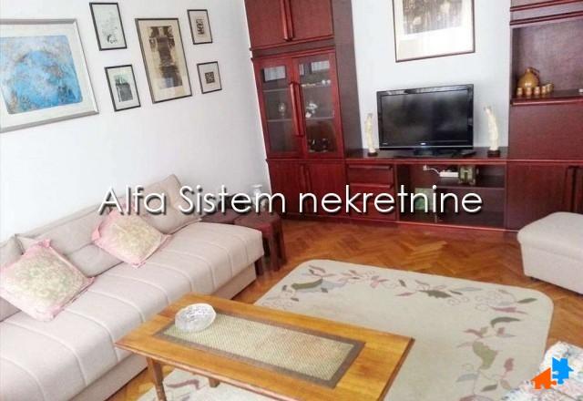 Stan Dvosoban Novi Beograd Blokovi 350 EUR