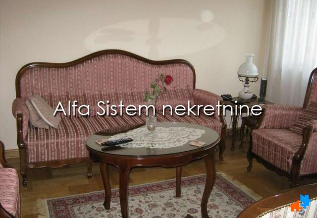 Stan Trosoban Vračar 700 EUR