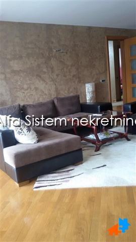 Kuća Zemun 1800 EUR