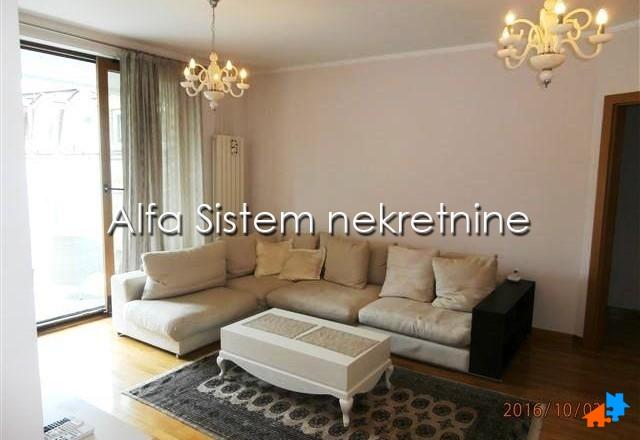 Stan Trosoban Centar Strogi Centar 1500 EUR