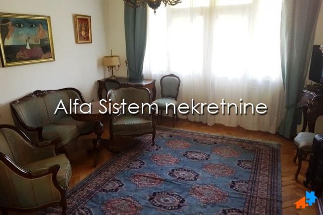 Stan Dvosoban Centar Strogi Centar 650 EUR