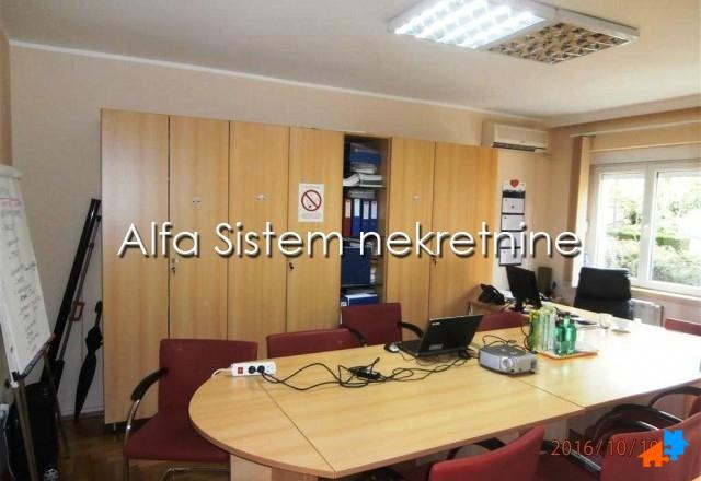 Stan Petosoban Dedinje 1600 EUR