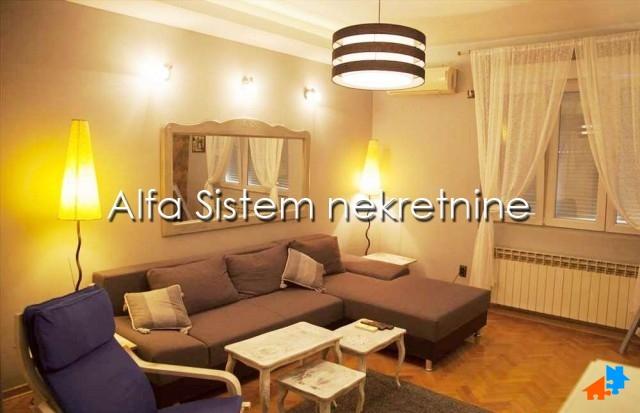 Stan Dvosoban Centar Strogi Centar 1000 EUR