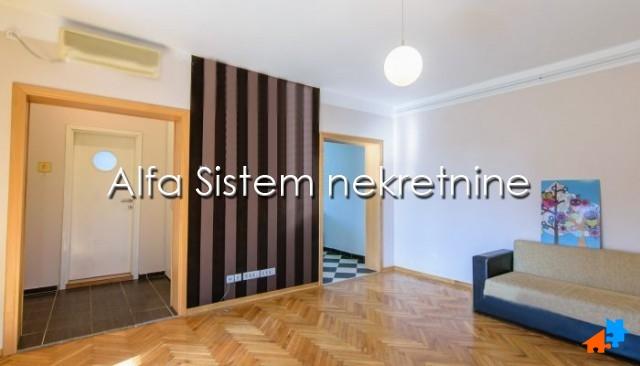 Stan Dvosoban Dedinje 500 EUR