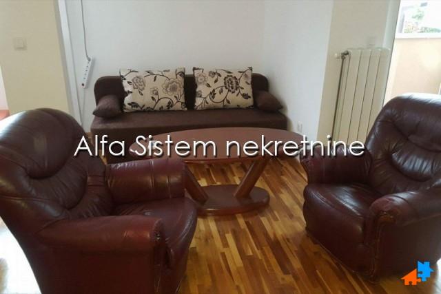 Stan Jednosoban Zvezdara 250 EUR