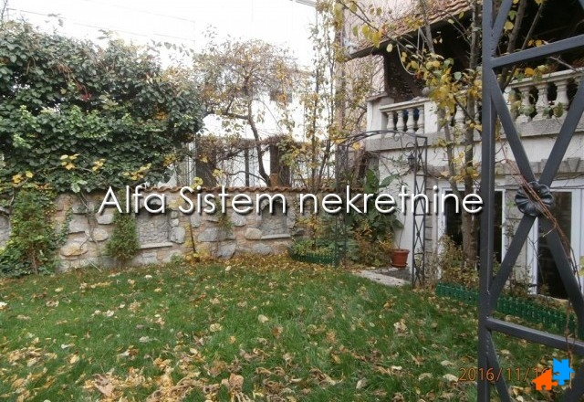 Kuća Vračar 2500 EUR