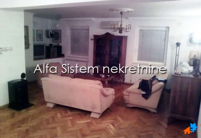 Kuća Zvezdara 400 EUR