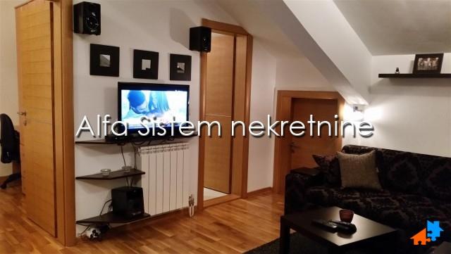 Stan Jednoiposoban Lekino Brdo 320 EUR