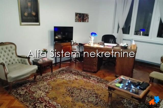 Stan Trosoban Centar Stari grad 500 EUR