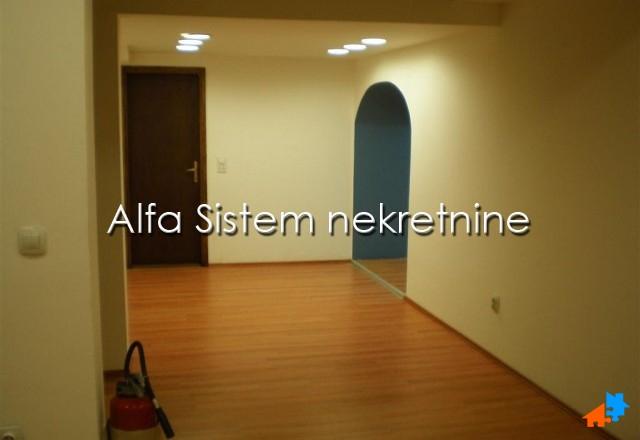 Poslovni prostor Centar Savski Venac 300 EUR