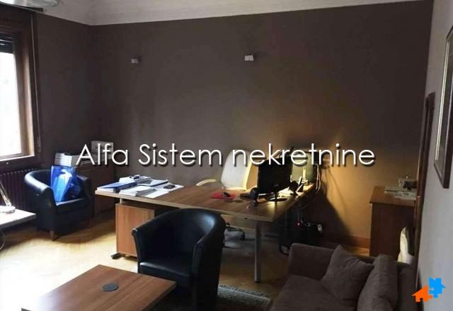 Poslovni prostor Dedinje 900 EUR