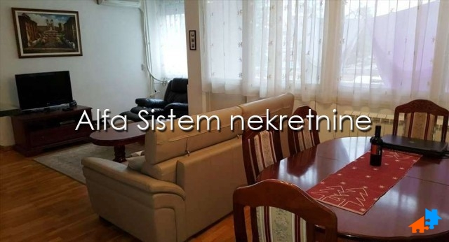 Stan Dvoiposoban Novi Beograd Blokovi 450 EUR
