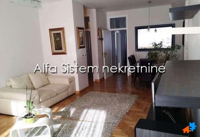 Stan Četvorosoban Novi Beograd Arena 1200 EUR