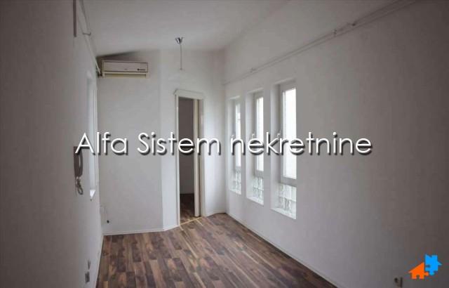 Poslovni prostor Centar Palilula 250 EUR