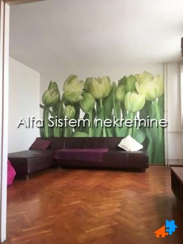 Stan Četvorosoban Novi Beograd Sava Centar 450 EUR