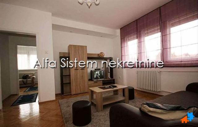 Stan Dvoiposoban Zvezdara 300 EUR