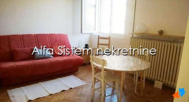 Stan Garsonjera Centar Strogi Centar 250 EUR