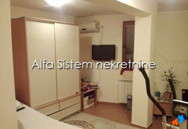 Stan Garsonjera Vračar 230 EUR