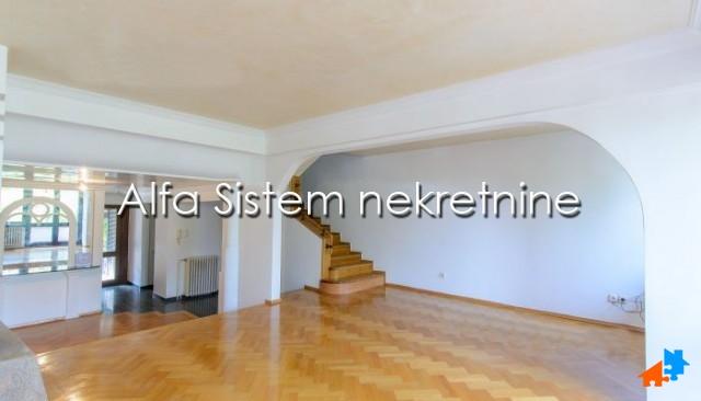 Kuća Višnjička banja 700 EUR