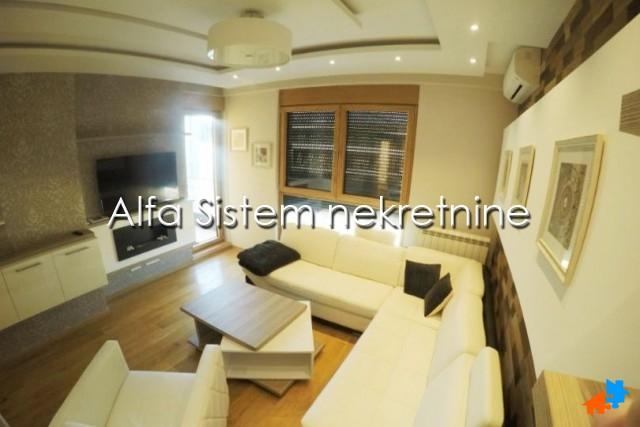 Stan Dvosoban Centar Palilula 750 EUR